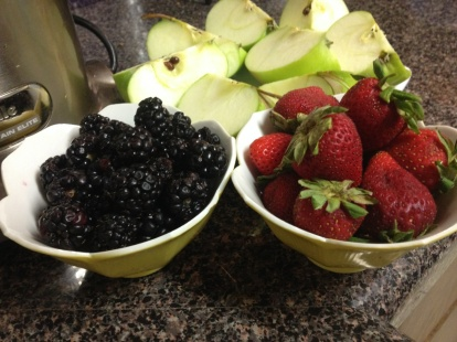 1 Cup Blackberries 1 Cup Strawberries 3 Large Green Apples